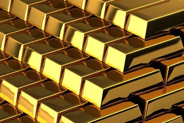 MCX Gold June contract slips down Rs 225 to Rs 26,825